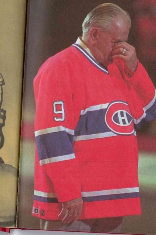 Maurice Richard pleurant, Forum de Montréal, 11 mars 1996
