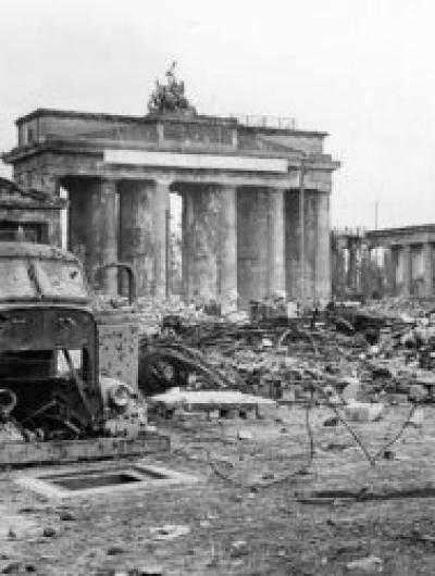 Berlin, Brandenburg Gate and Pariser Platz
