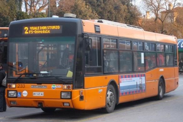 BredaMenarinibus M221 233