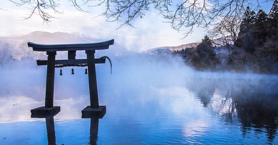 由布院景點   濃霧中的夢幻金鱗湖~晨霧時間&拍攝點分享