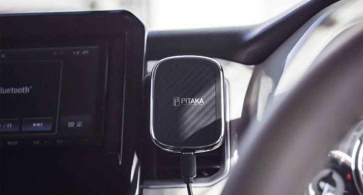 In-vehicle-holder-pitaka-9