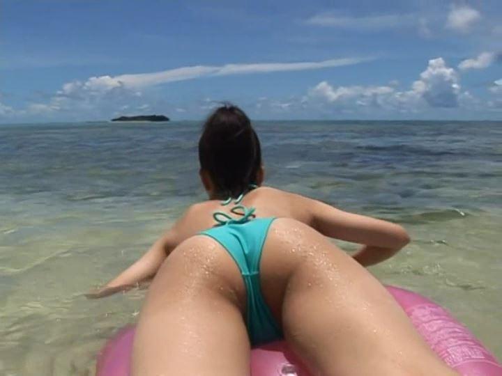 逢川めい(14)の夕景のビーチは癒し効果絶大!溺れた少女に人工呼吸を!!