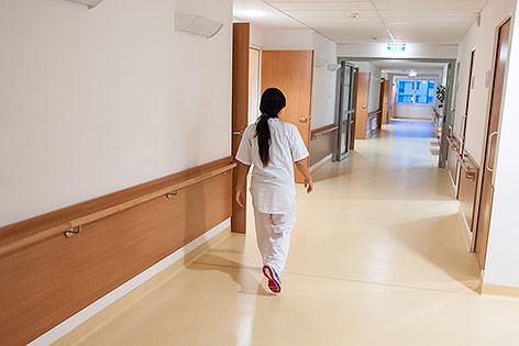 Pflegerin in einem Altersheim