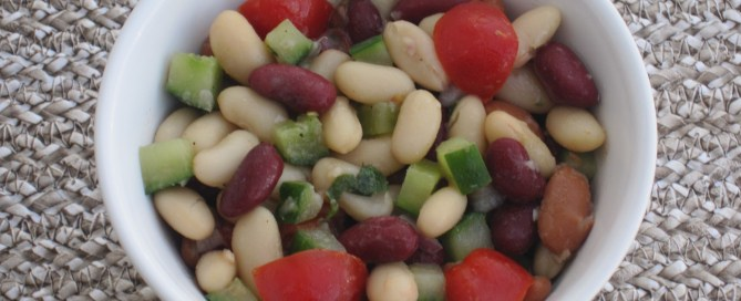 Bean salad. So rich in fiber! So nutritious.
