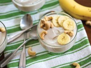 Banana cashew yogurt