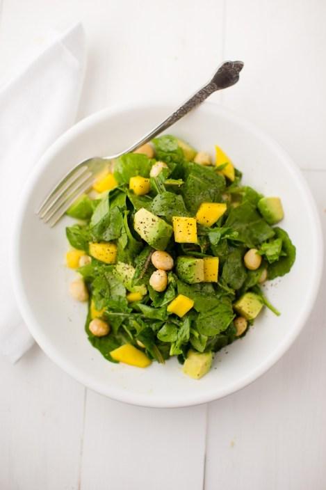 Arugula avocado mango salad