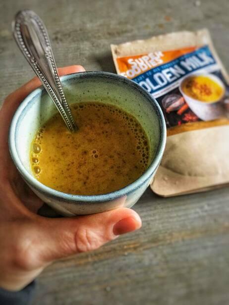 organic happiness, foodblog, blog, biologische foodblog, biologisch, biologisch eten, gezond eten, review, superfoodies, golden milk, biologisch product,