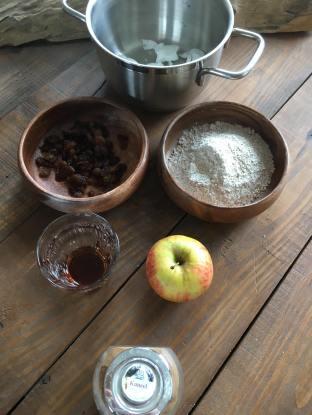 Kleine appelcrumble, Appelcrumble klein, Appelcrumble recept, Appelcrumble gezond, Appelcrumble, Appel-kaneel crumble, Zelfgemaakte appel crumble, Appel crumble uit de oven, Gezonde appel crumble, Appelcrumble zonder suiker, Appelcrumble ontbijt, Gezonde appel crumble ontbijt, Appel crumble ontbijt, Appel kaneel ontbijt crumble, Lekkerste appel crumble recept, organic happiness, biologisch, biologische foodblog