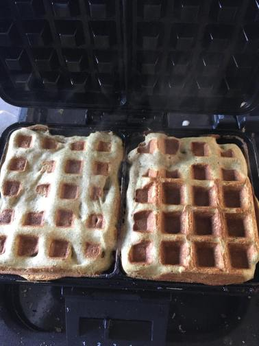 Greek yogurt waffles, Greek yogurt waffles recipe, Gluten free Greek yogurt waffles, Waffle with fruit, Homemade waffles, Waffles with fruit ideas, Easy waffles recipe, Healthy waffle recipe, Waffles with mango and honey, Waffles with mango compote, Mango waffles, Easy gluten free waffle recipe, Breakfast waffles recipe, Organic Happiness, Organic, Organic Foodblog