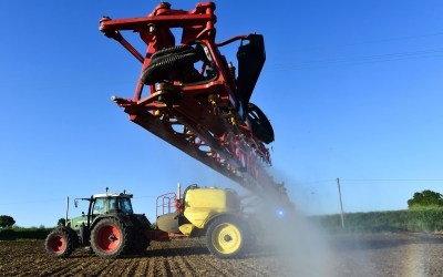 Glyphosate shown to disrupt microbiome 'at safe levels', study claims