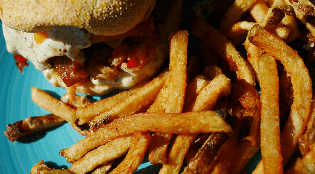The Point Restaurant - Burger