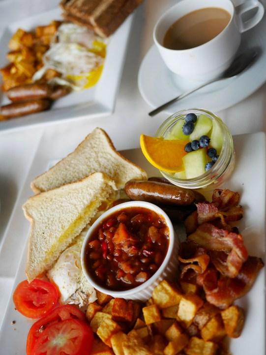 Elmhirst's Resort - Breakfast at the Hearthside Dining Room