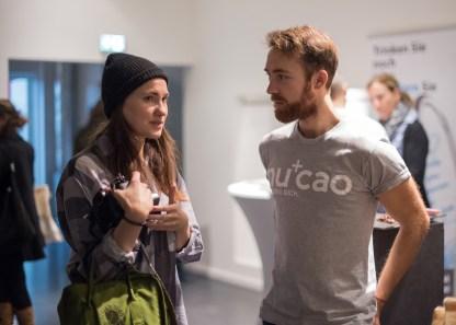 Caro im Gespräch mit Co-Erfinder von nucao Mathias Tholey