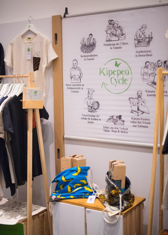 Der Stand von Kipepeo Clothing