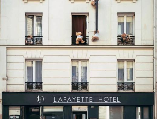 devanture de l'hôtel Paris Lafayette