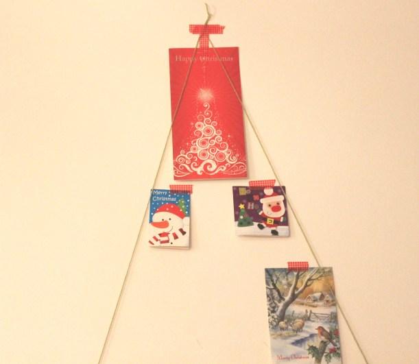 Making a Christmas card display