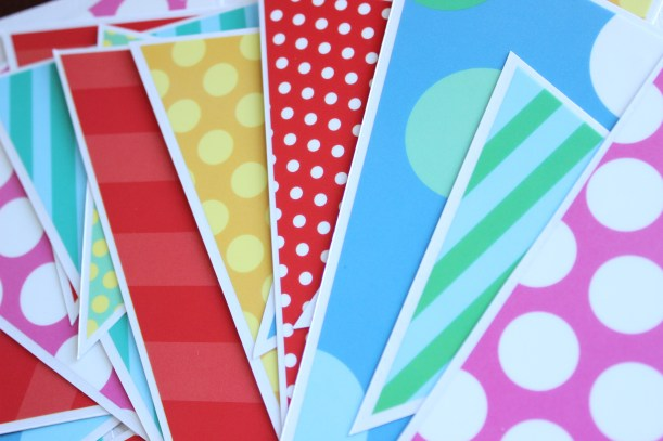 OCB - Easy party bunting with wall stickers