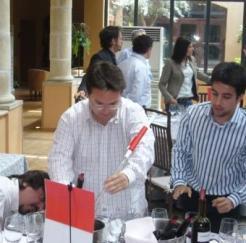 Crea tu Vino actividad team building en Palacio de la Misión