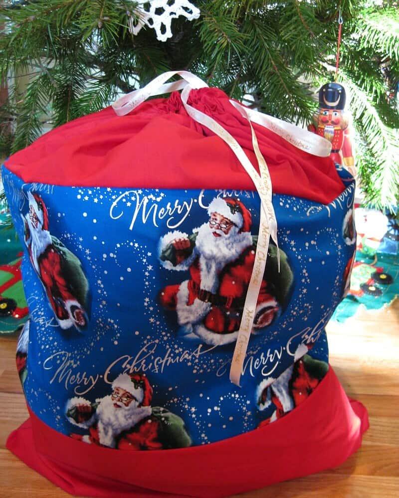 Sack Of Toys For Christmas : Diy santa sack for christmas toy donations organized