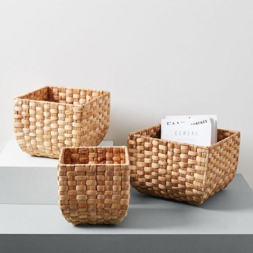 round-weave-baskets-natural-d5361-z