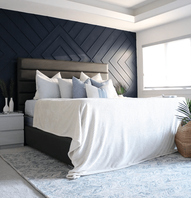 Simplicite Feature Wall Bedroom