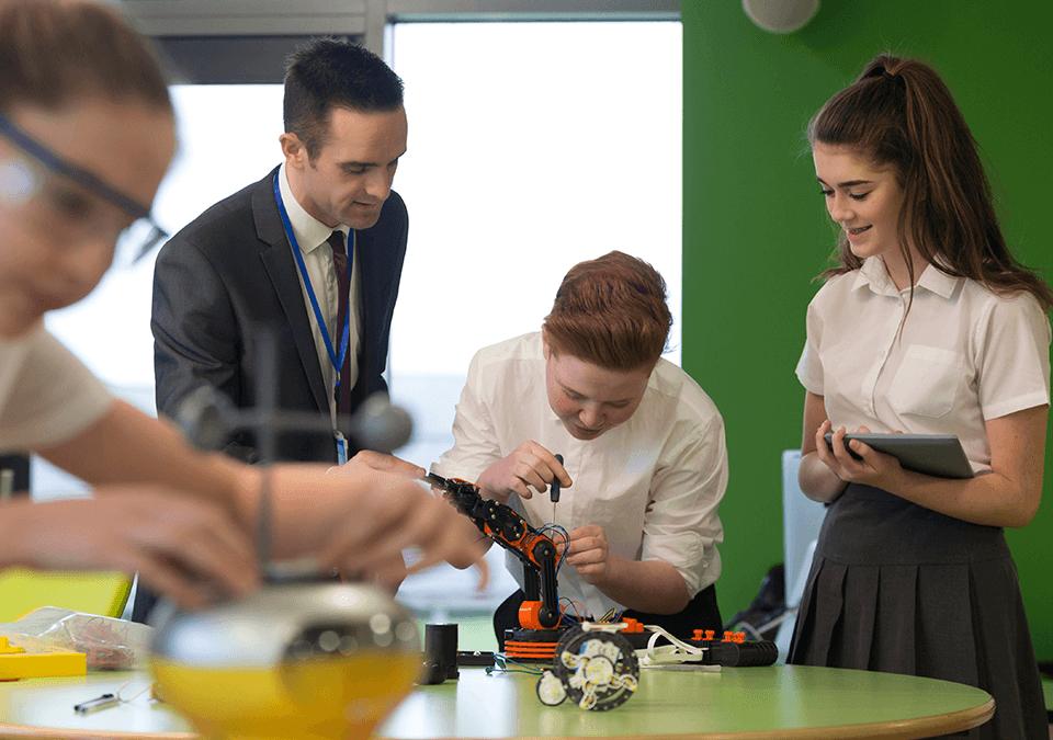 7 Inovações Educacionais para os colégios adotarem agora