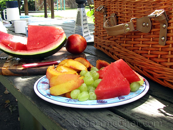 picnic fruit plate