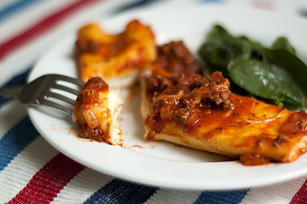Spinach and Ricotta Manicotti with Meat Sauce