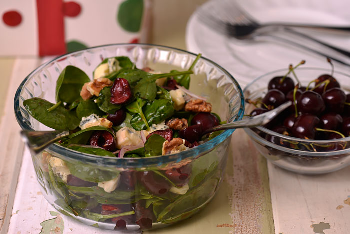 Spinach, Cherry and Blue Cheese Salad