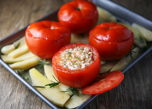 Pomodori Ripieni Di Riso (Baked Stuffed Tomatoes with Rice) was a delicious family recipe growing up in Italy. This is true comfort food, you guys are going to love this meal!