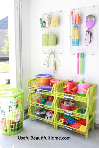 UBH Garage Toy System easy for Child to Use