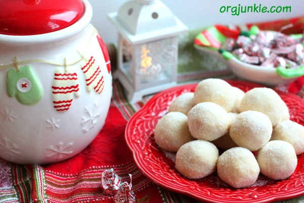 Cherry Snowball Christmas Cookies 1