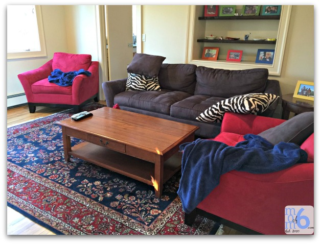 ways to feel more organized-blankets and pillows