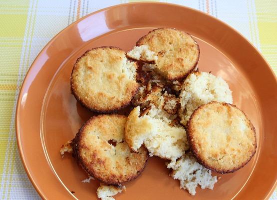 Paleo Lemon Muffins