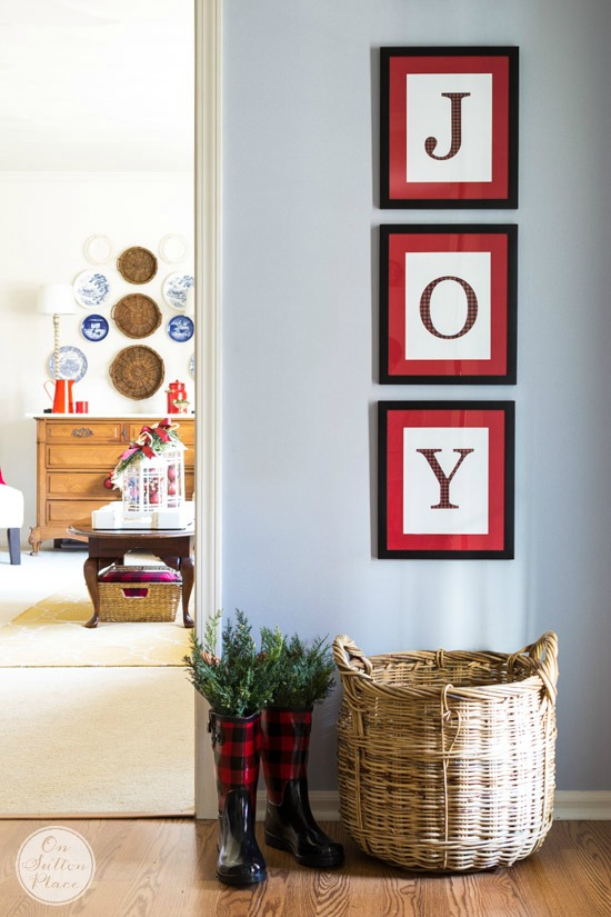 joy-free-printables-diy-christmas-wall-art