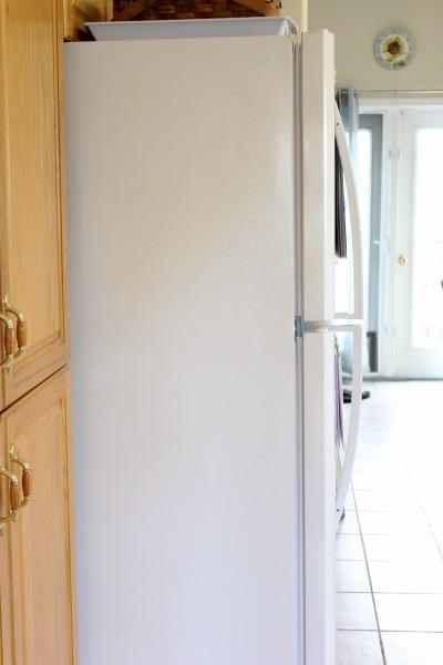 side of fridge clutter free