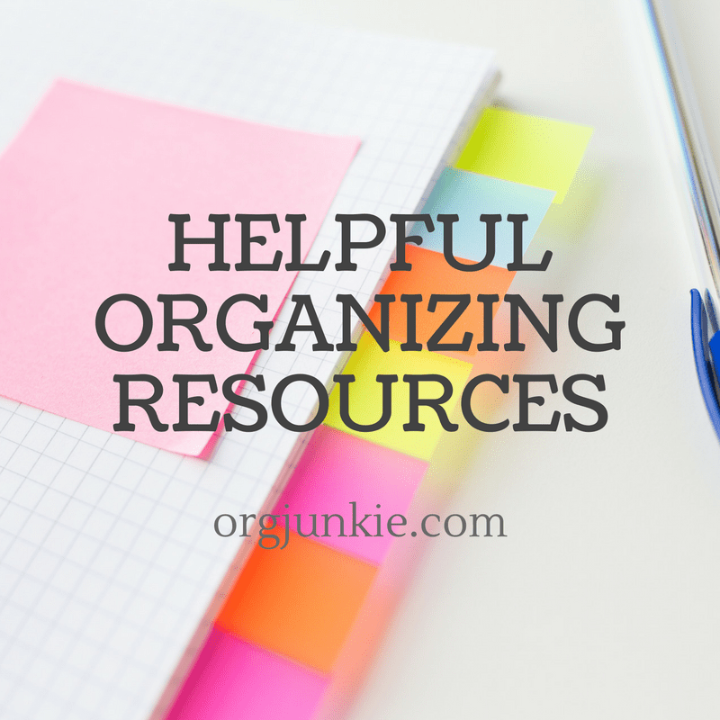 Helpful organizing resources and recap for the month of August 2017 to help you get organized at I'm an Organizing Junkie blog