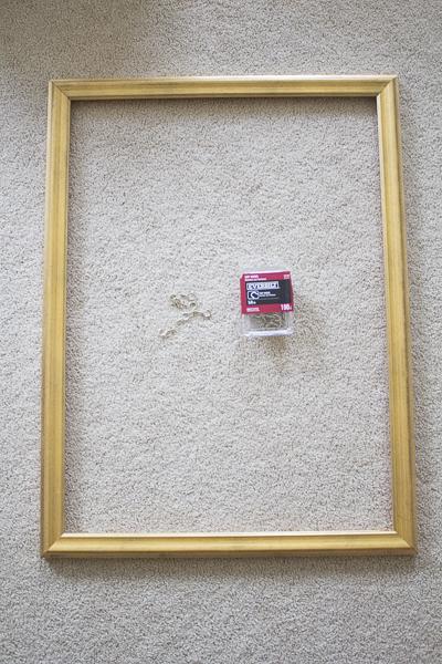 diy-necklace-holder-frame-_-loveyourabode-_
