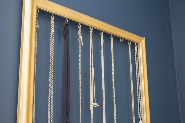 necklace-holder-diy-loveyourabode-frame