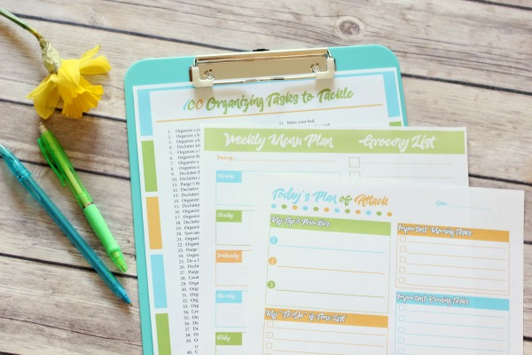free organizing printables for an organized day and week!