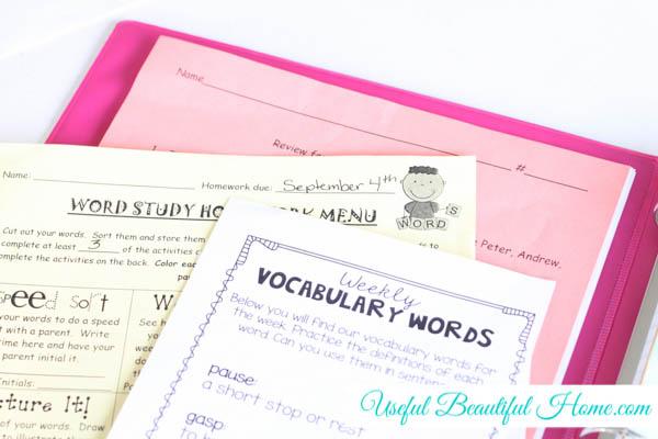 Organize Important School Papers with a Homework Binder to Save Moms Sanity at Im an Organizing Junkie blog