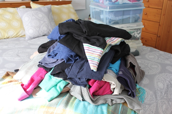 Seasonal Clothes Switch Out & Purge at Im an Organizing Junkie blog