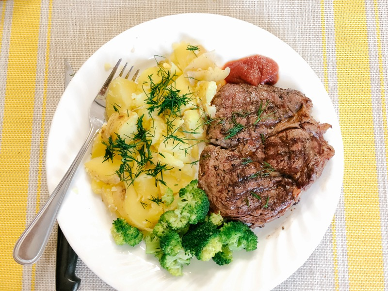 Delicious steak dinner