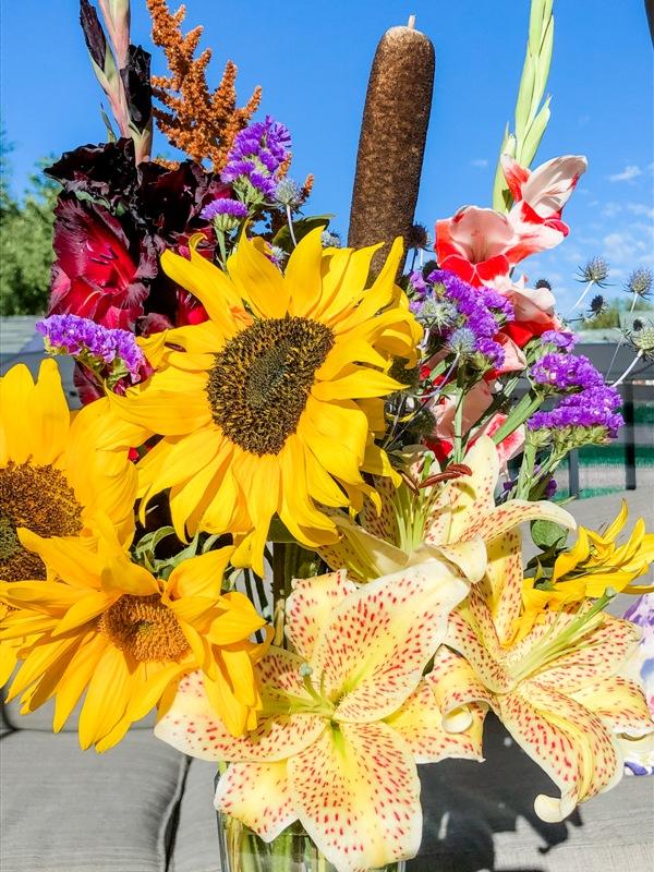 stunning bouquet of flowers