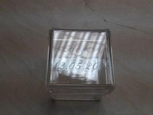 Акриловая коробка для колец