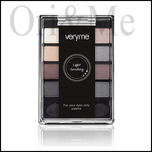 Very Me Light Smoky For Your Eyes Only Palette