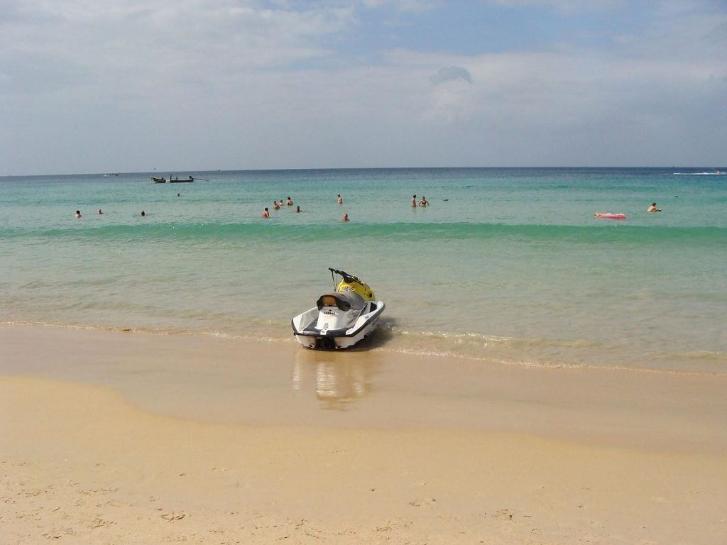 Ready to travel to Thailand again? Phuket is set to reopen without quarantine from 1 July for vaccinated travellers, with more provinces vying for approval to start earlier than planned. (Public domain photo)