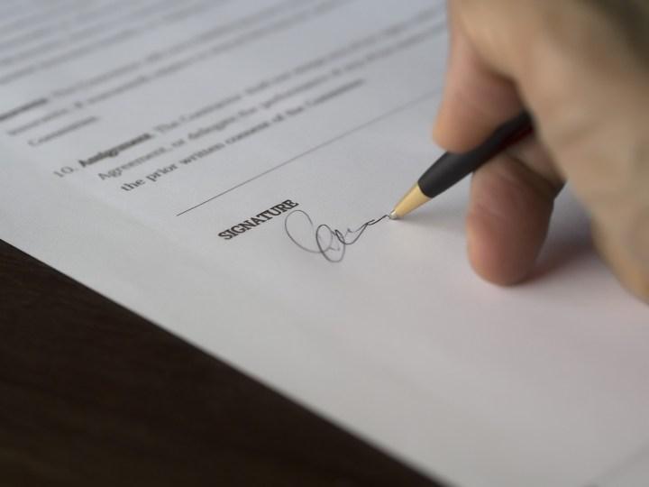 Información sobre contratos