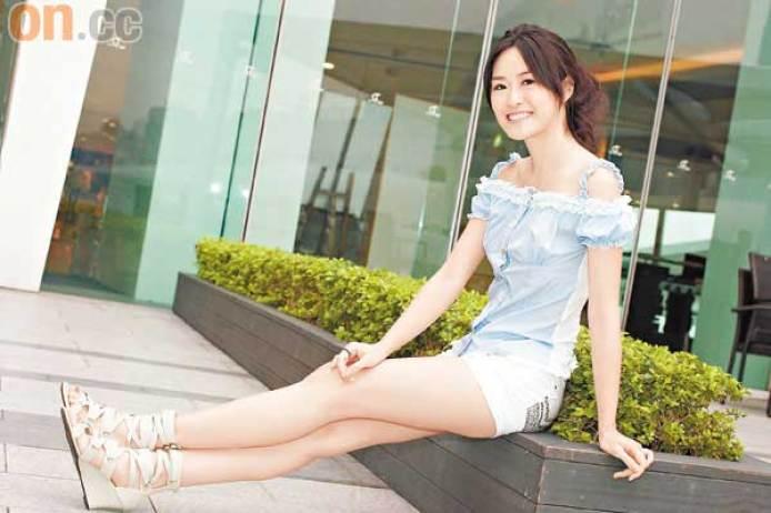 https://i1.wp.com/orientaldaily.on.cc/cnt/entertainment/20100618/photo/0618-00282-062b1.jpg?resize=694%2C462