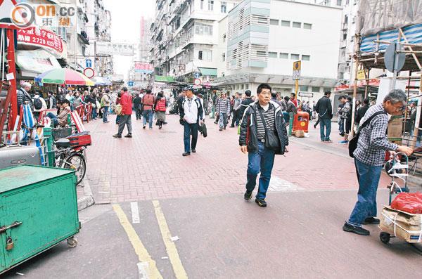 探射燈:七日碎 行人專區標線豆腐渣 - 東方日報